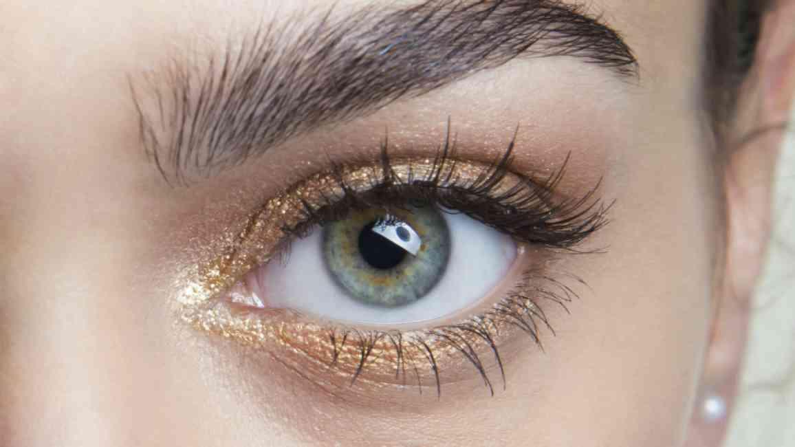 Long, luscious lashes.